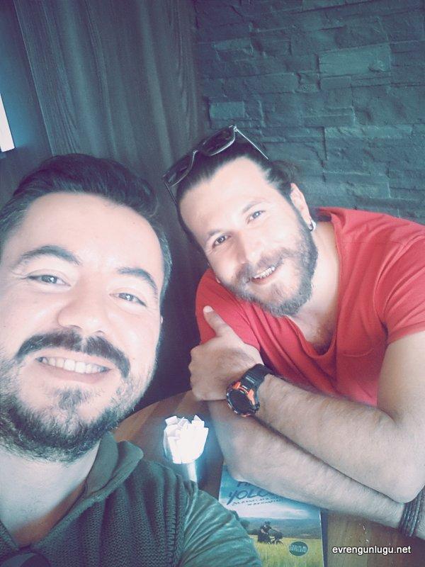 Hasan Söylemez'le söyleşi hatırası; Akademi Kitabevi - Kadıköy
